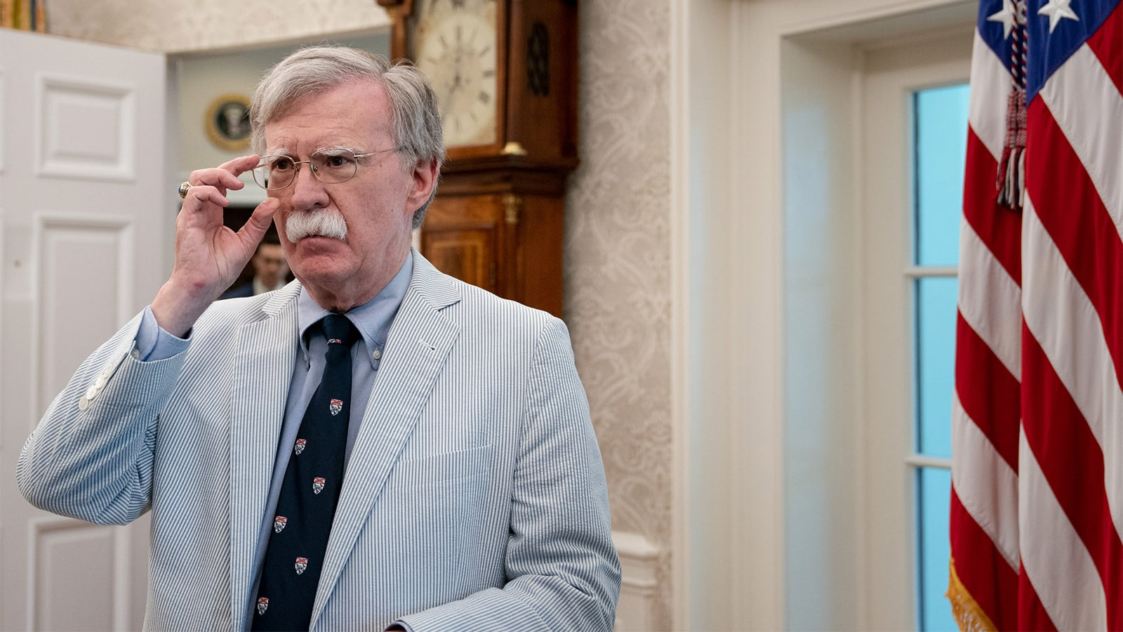 John Bolton sobre Trump: Él no debería sentarse con Maduro