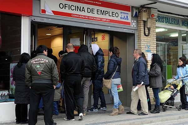 Desempleo en Chile aumentó a 11,2%: El nivel más alto en una década