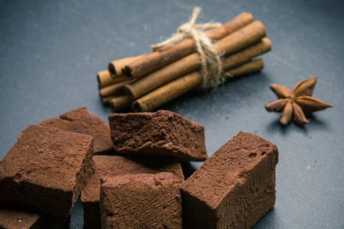 Malvaviscos de chocolate con aroma de canela