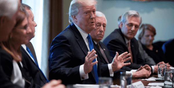 Trump tratará nuevamente de eliminar DACA: Programa que protege a más de 600 mil migrantes