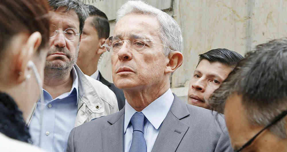 Álvaro Uribe: En Colombia hay un grupo prechavista que ataca a Iván Duque