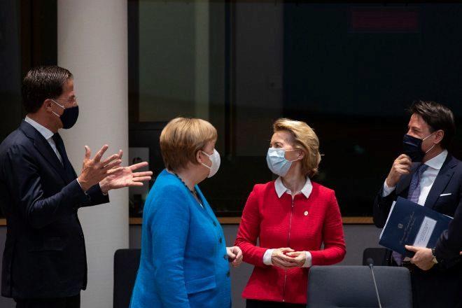 """Aseguran que la UE está """"estancada"""" en la negociación para la aprobación del plan de rescate"""