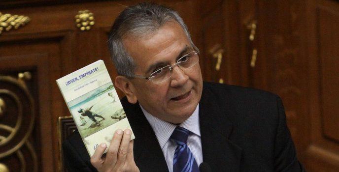 Rodrigo Cabezas propone unidad de actores políticos para enfrentar el coronavirus