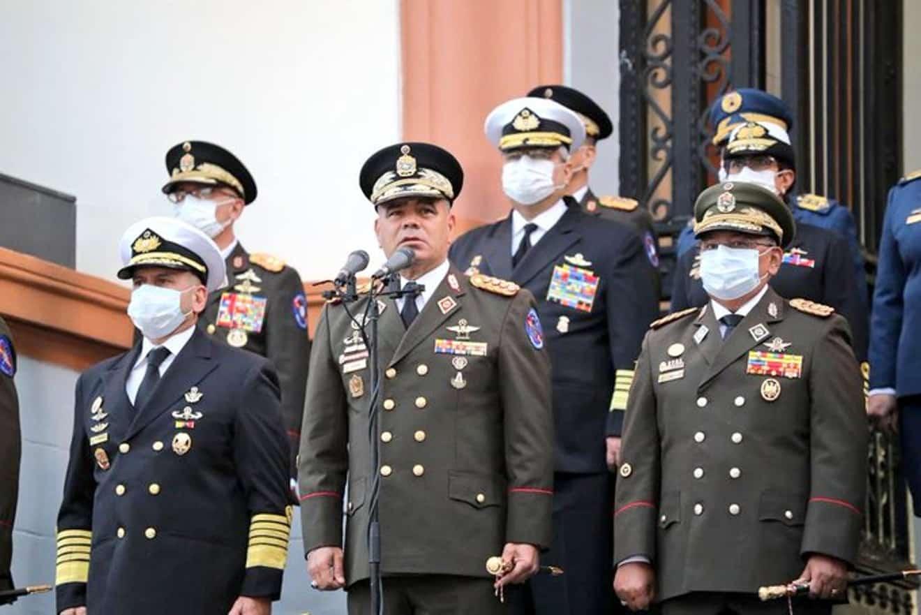 Padrino López: 160 funcionarios de la FANB están contagiados con COVID-19