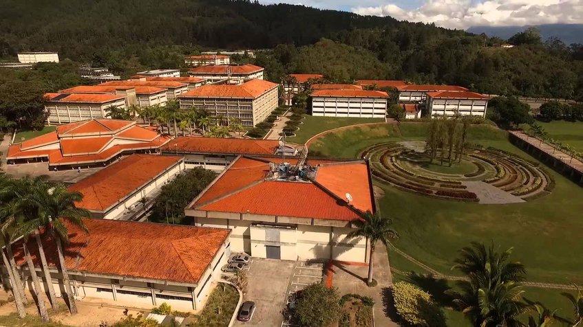 1967: Fue fundada la Universidad Simón Bolívar