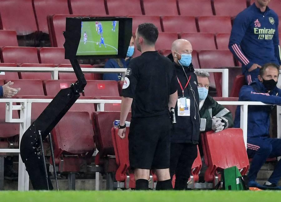 FIFA recomienda hacer uso global del VAR