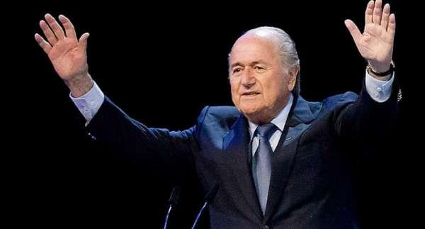Joseph Blatter: El Comité de Ética de FIFA debe suspender a Infantino
