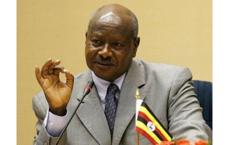 Uganda  Dirige el más inteligente discurso público sobre el COVID-19