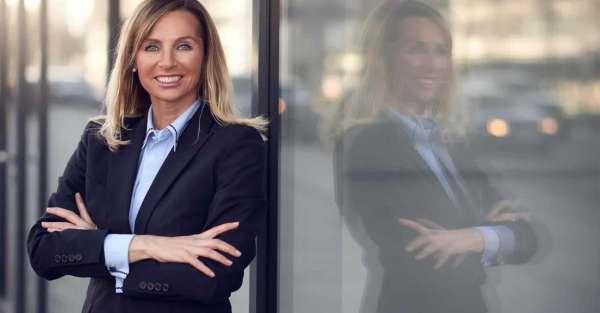 España reporta estancamiento femenino en alta dirección de empresas