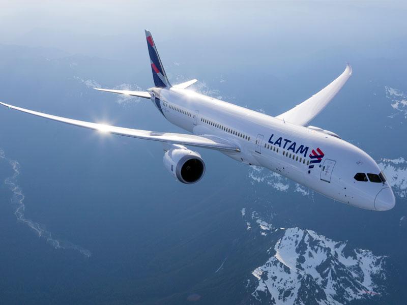 Brasil: 2.700 trabajadores de Latam Airlines serán despedidos por recorte de gastos