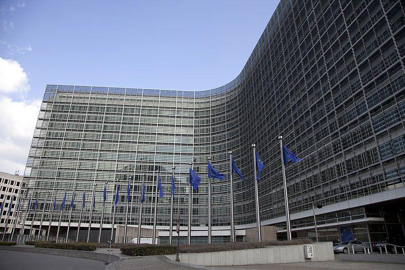 Comisión Europea autoriza aumento de ayuda económica para España por COVID-19