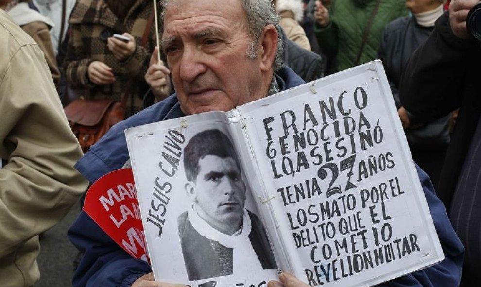 España trabaja en una ley para exhumar a víctimas del franquismo
