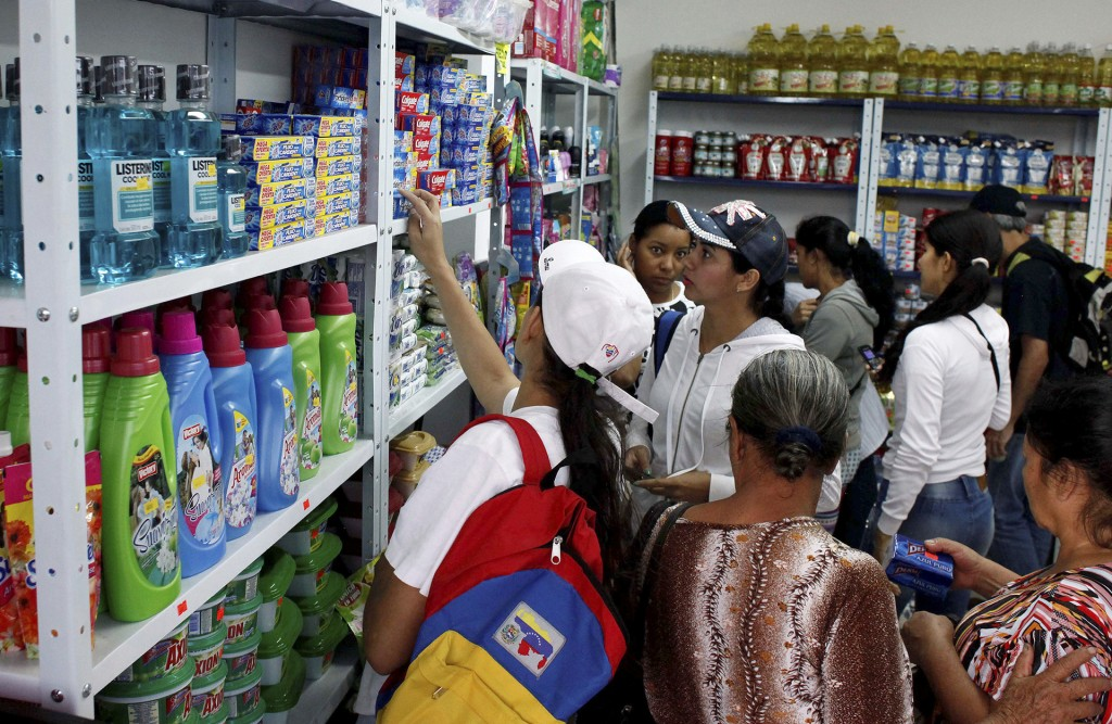 Un tercio de los venezolanos puede acceder al 60% de los alimentos según analistas