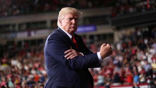 Trump asevera que podrán responder cualquier ataque iraní mucho más potente