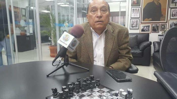 Néstor Suárez: Un Mensaje Con Destino