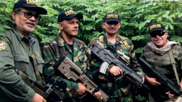 """Líderes de la FARC reaparecen acusando a Iván Duque de """"ilegítimo y criminal"""""""