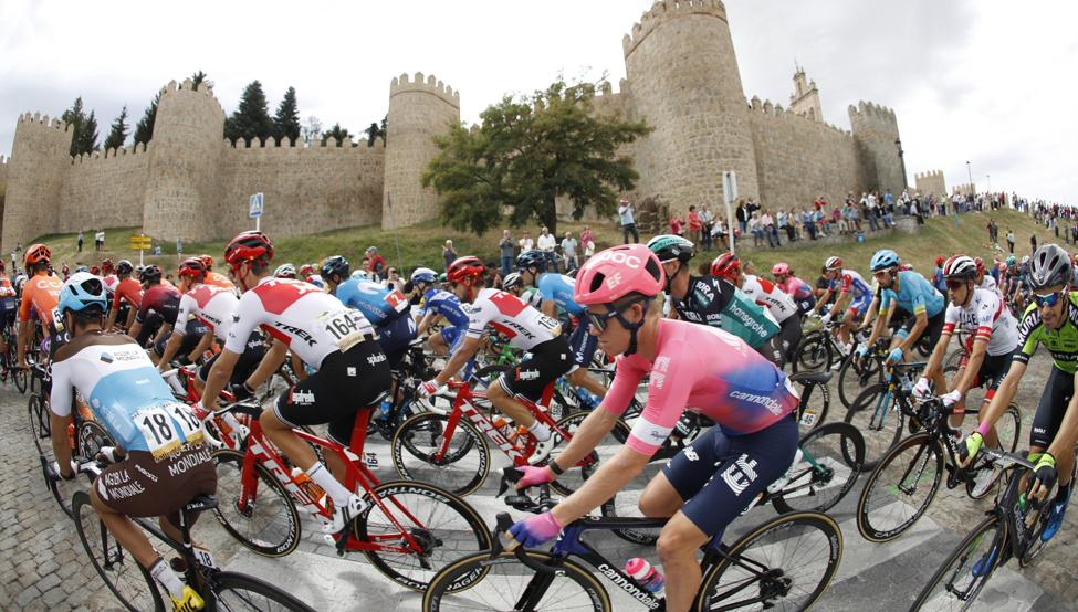 Ciclistas inscritos en la 75° Vuelta a España están libres de COVID-19