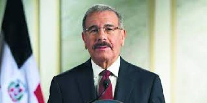Denunciado en la OEA Danilo Medina por proteger a los ladrones de los dólares de Pdvsa