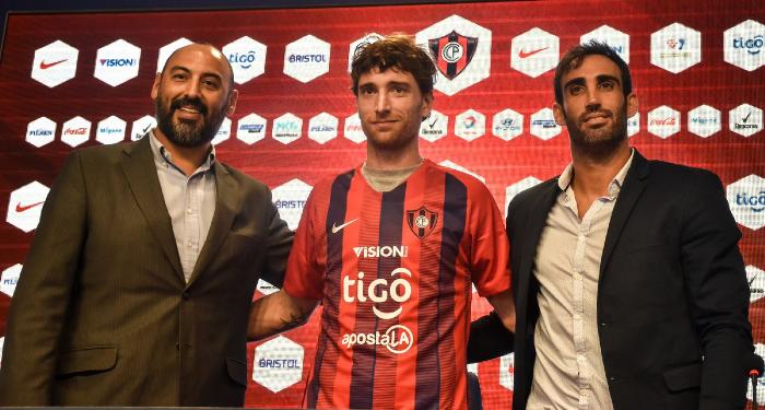 Fernando Amorebieta jugará con el Cerro Porteño de Paraguay
